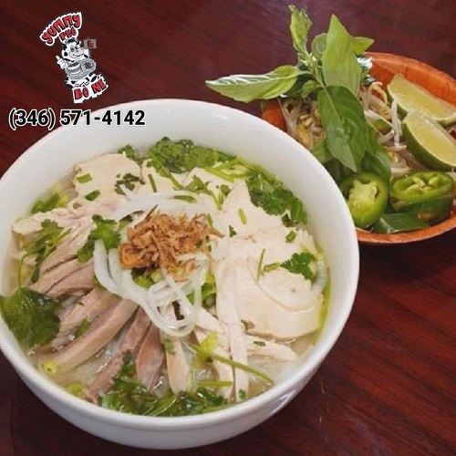 BEEF NOODLE SOUP (SMALL/LARGE)